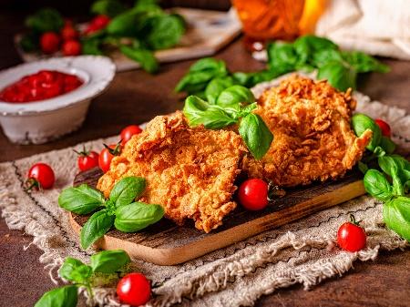 Хрупкаво пилешко филе панирано с корнфлейкс печено на фурна - снимка на рецептата